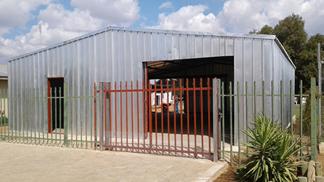 STEEL HOUSES AND STORAGES