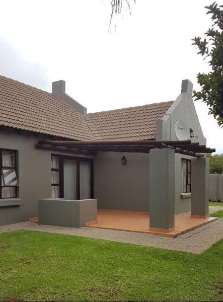 Krugersdorp - Stunning 3 bedrooms 2 full bathrooms house for sale R1390000
