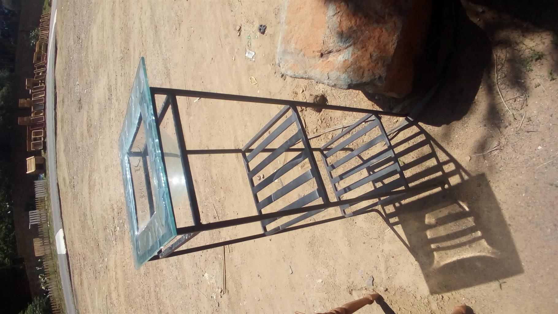 Glass and steel fruit/flower stand