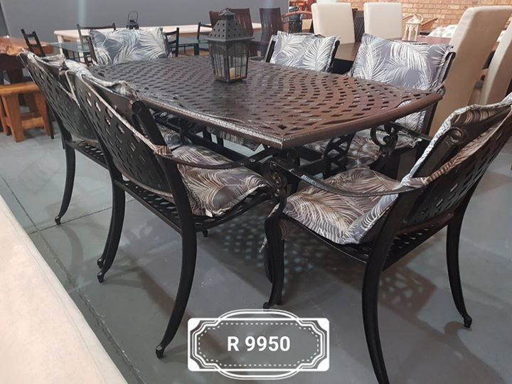 Cast iron 6 seater patio set with cushions