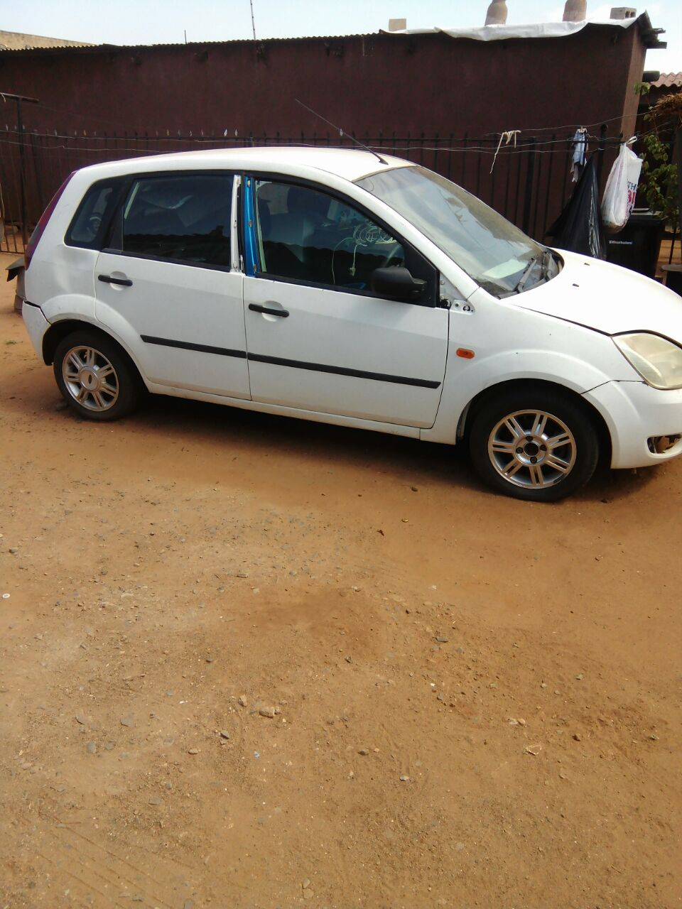 2007 Body Cars for Stripping