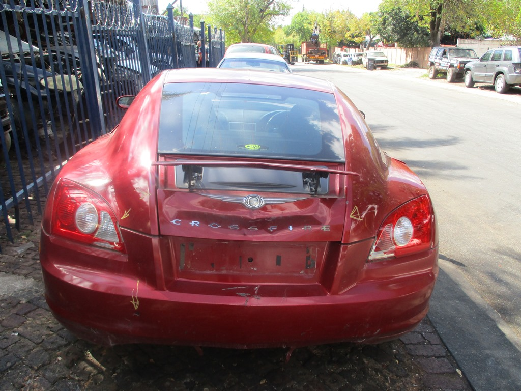 Chrysler crossfire manual array chrysler crossfire manual 3 2 2005 stripping for spares junk mail rh junkmail co fandeluxe Image collections