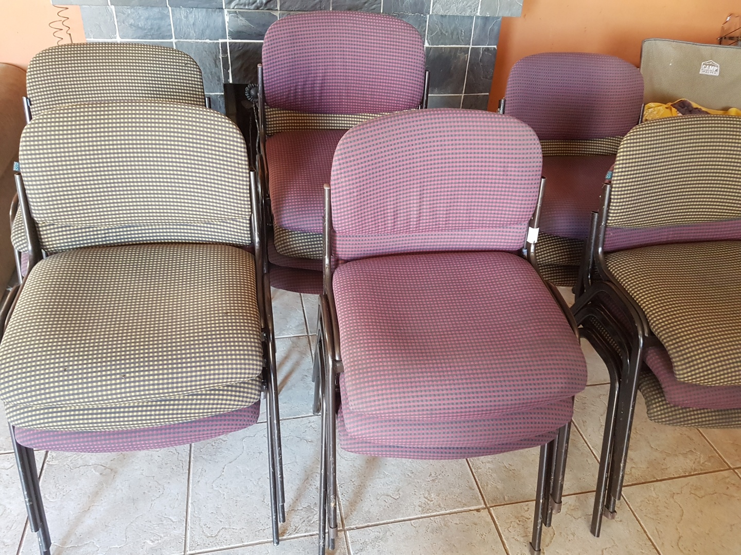 19 Chairs