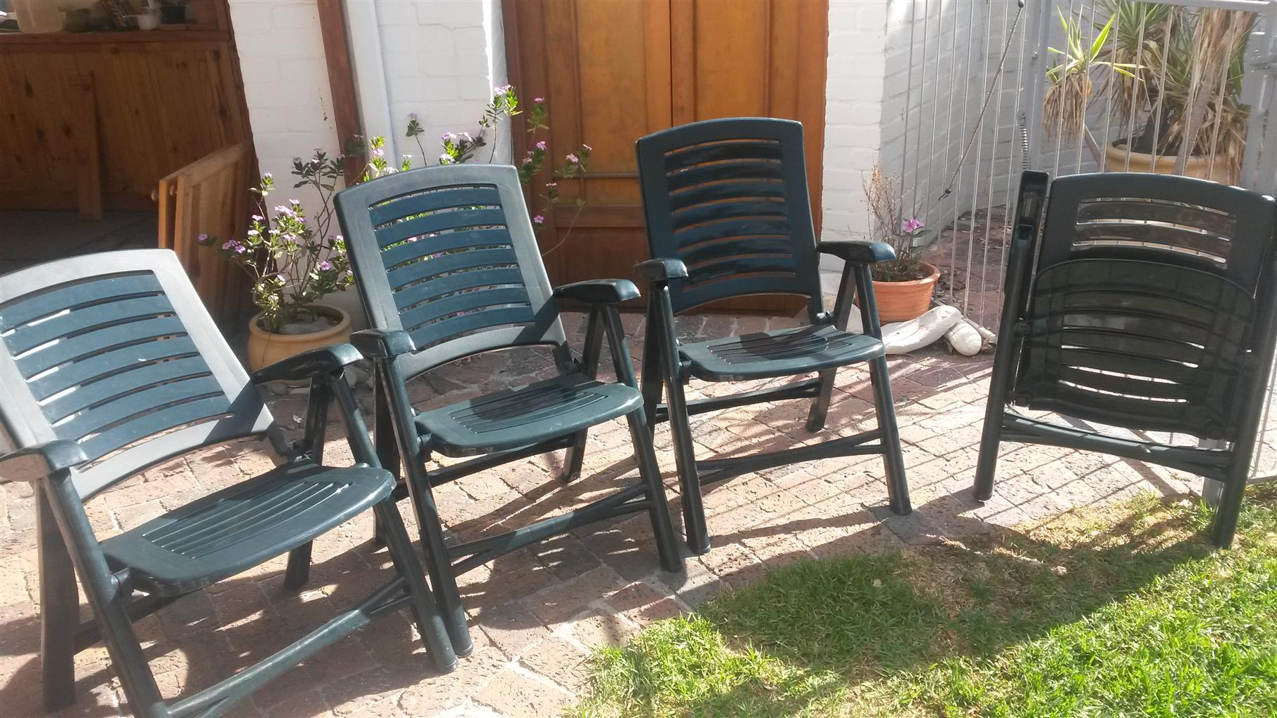 Fold up patio chairs