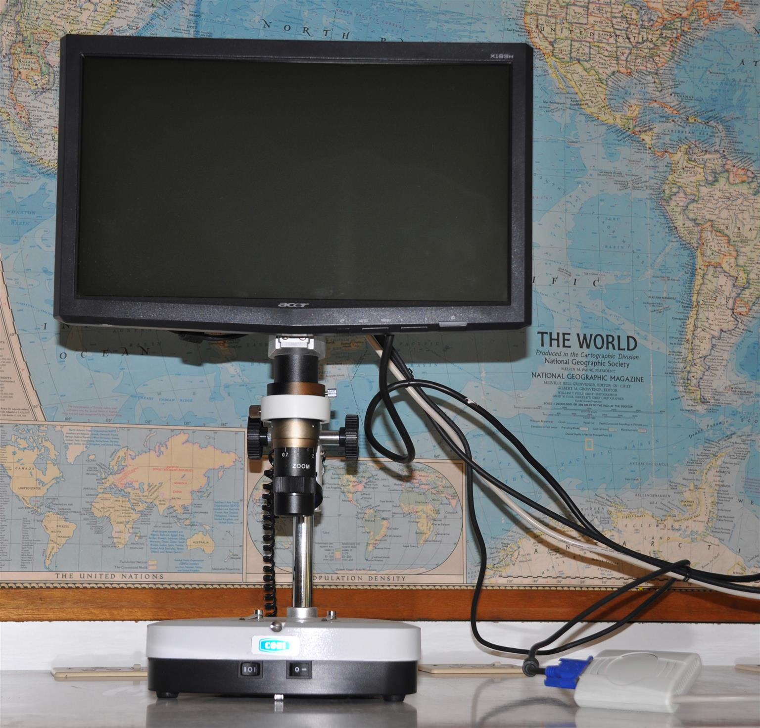 MICROSCOPES-RESEARCH-Routine-Student...COMPOUND AND STEREOSCOPIC.ij