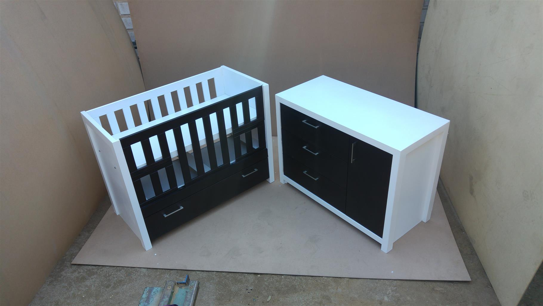 Erica Squareline Baby Cot and Compactum  Combo –- R5999.00