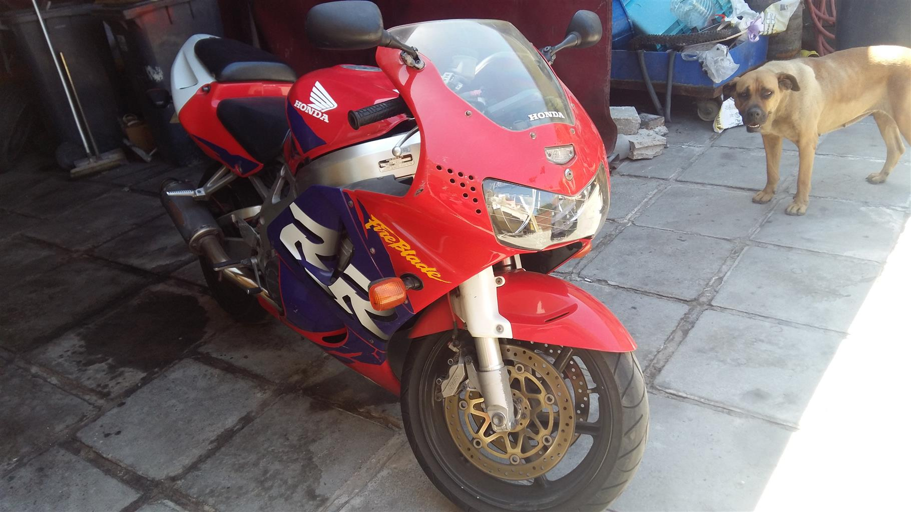 1998 Honda CBR