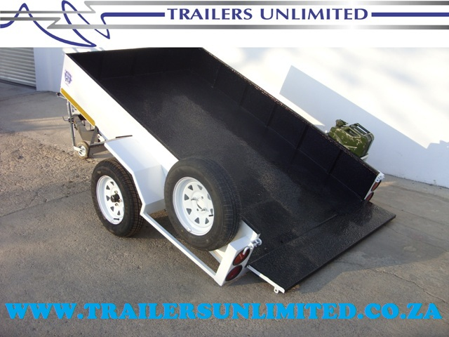 TRAILERS UNLIMITED QUAD TRAILER.
