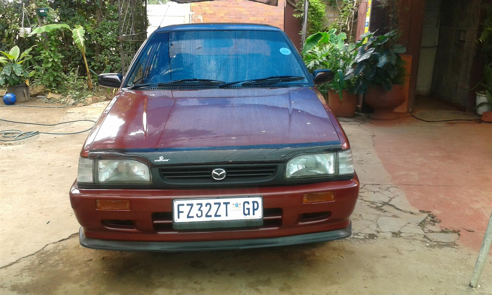 2000 Mazda Sting