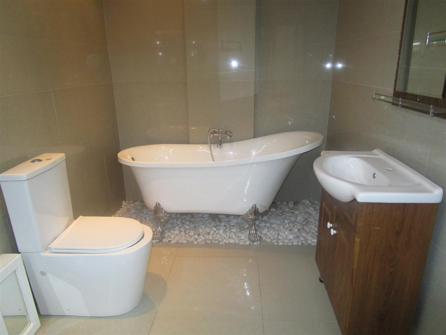 FREE STANDING BATH, BASIN & CABINET