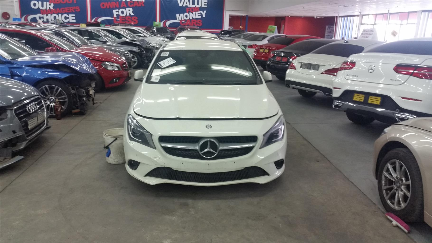Salvage accident damaged mercedes benz 2015 cla 220 a t for Salvage mercedes benz