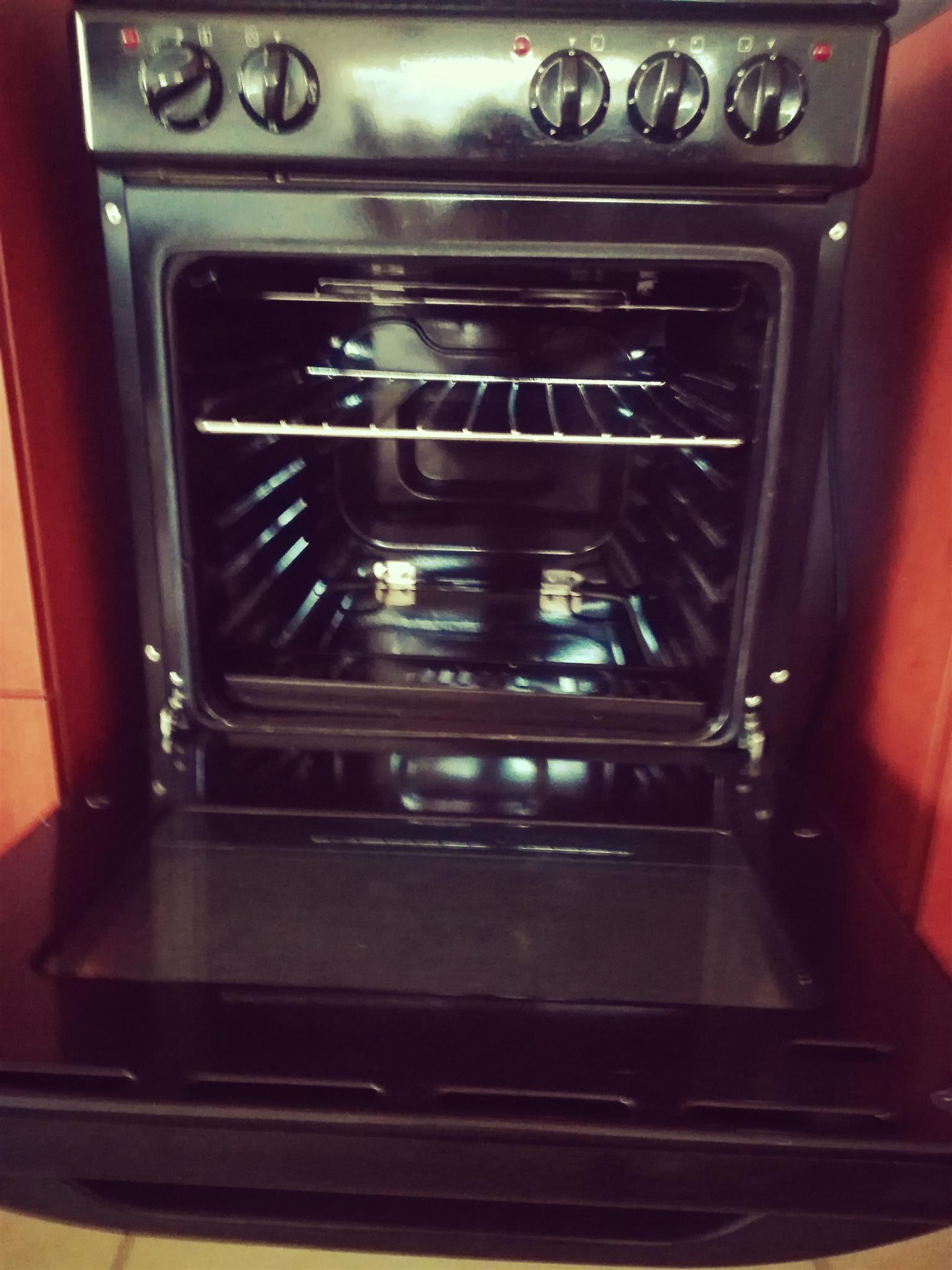 DEFY 3 plate electric stove and oven