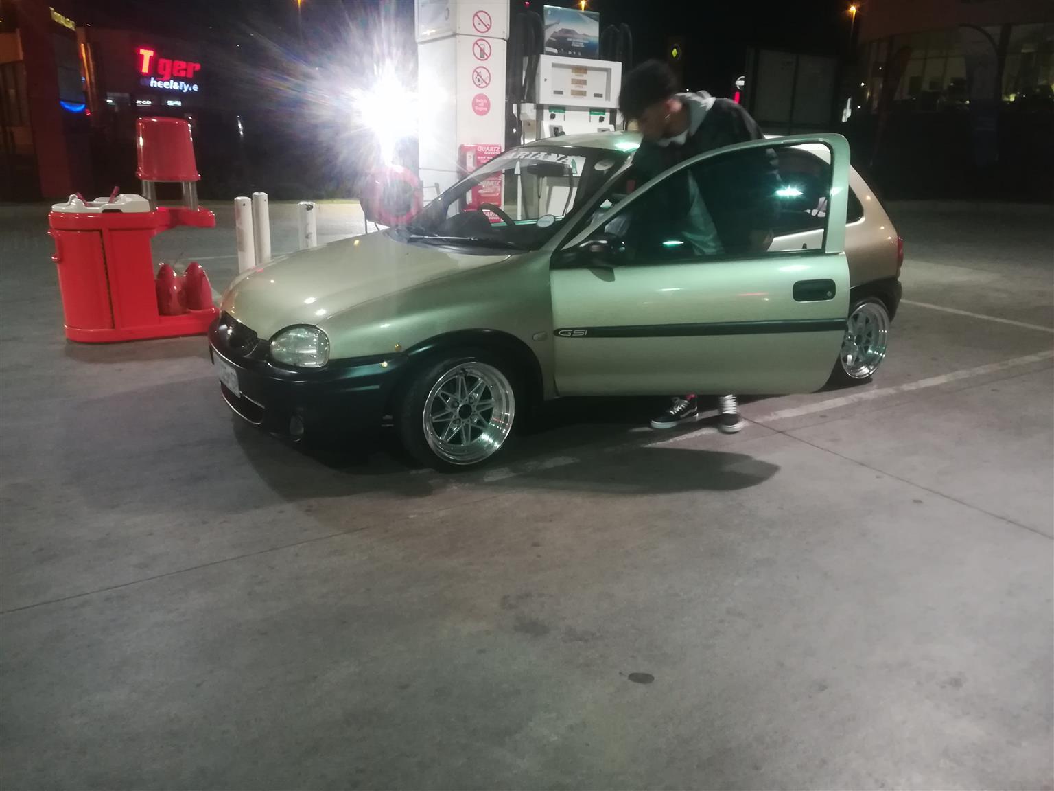 2000 Opel Corsa 1.8 GSi
