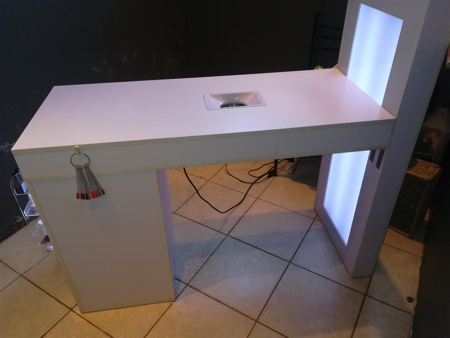 Nail Tech Table For Very Good Condition