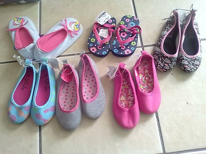 Kids shoes new