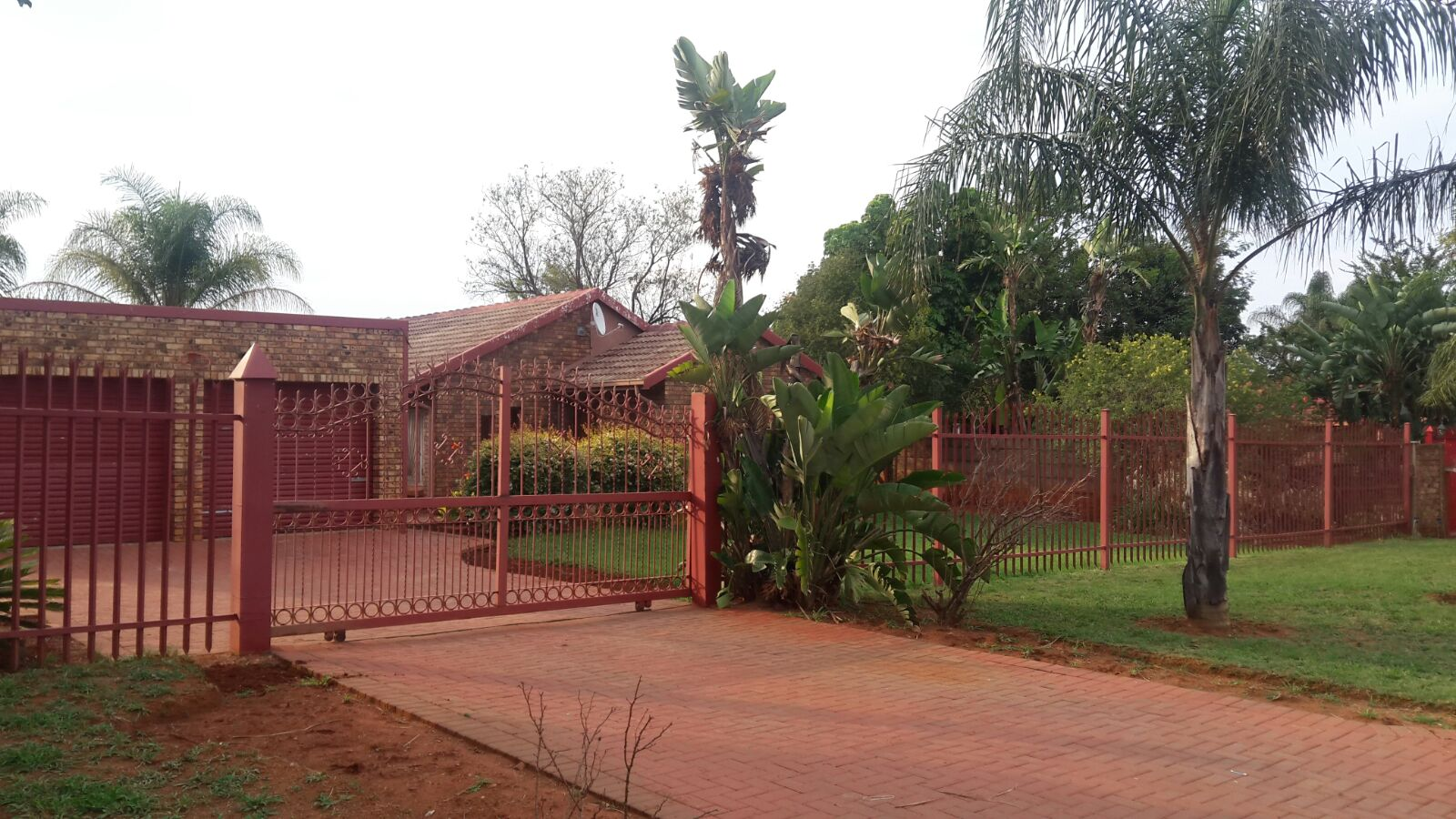 House to rent in Chantelle