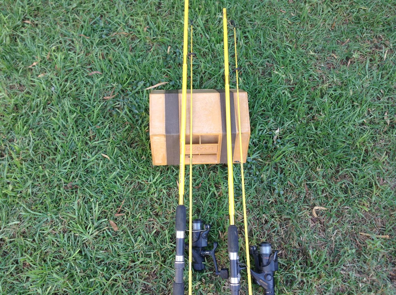 Fishing rods with organizer