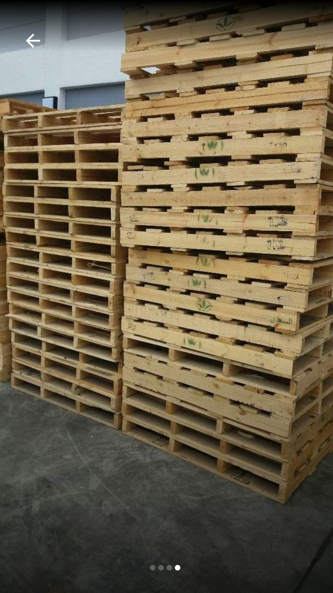 Selling pallets and bags