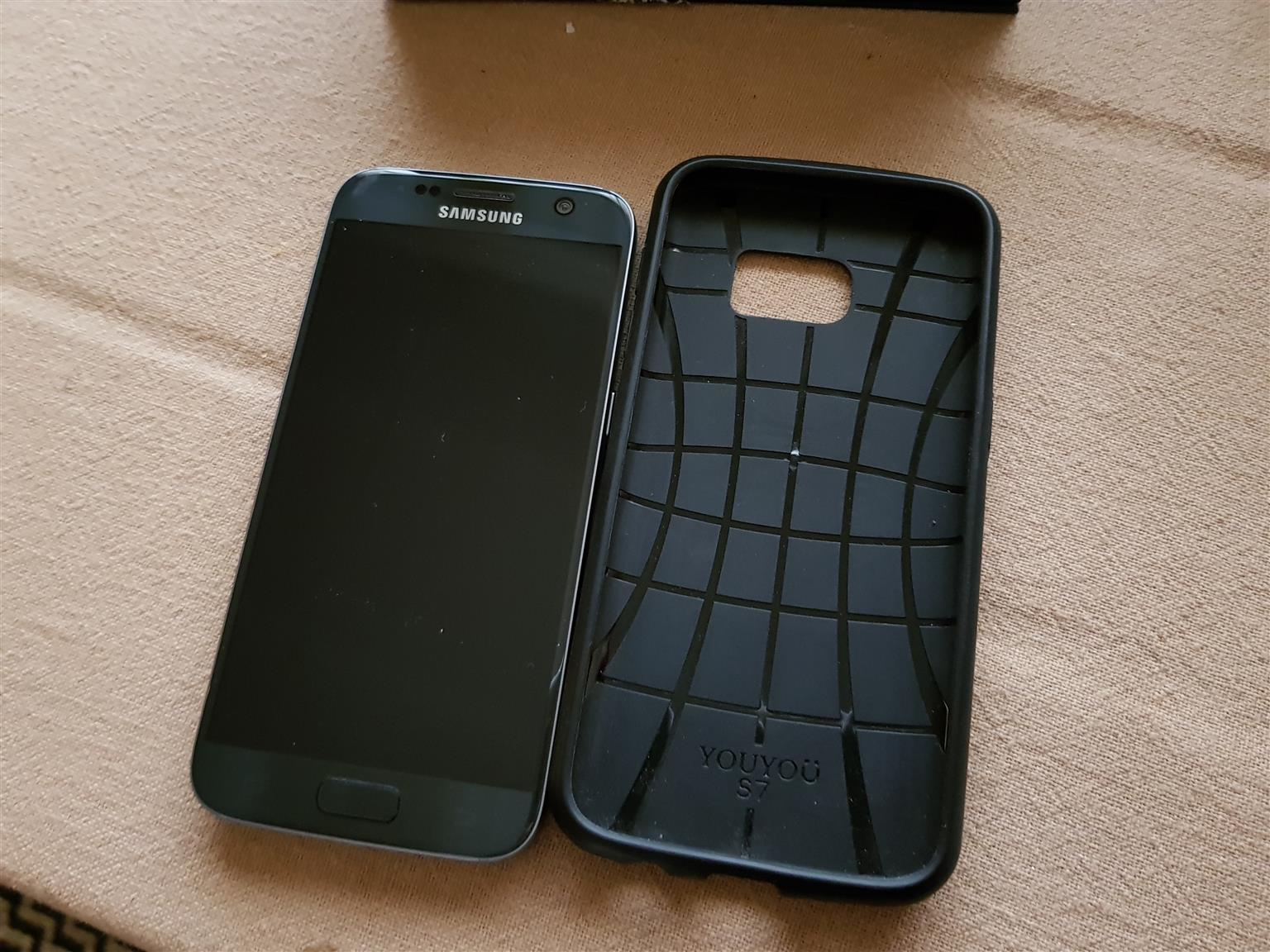 Samsung S7 with VR goggles