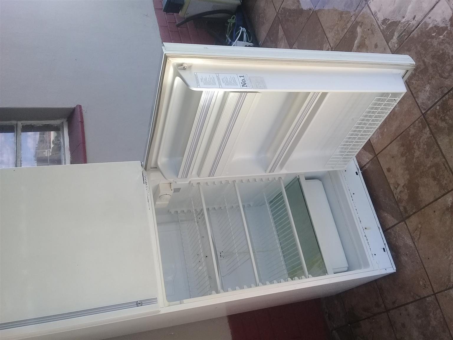 UNWANTED FRIDGES OR FREEZERS FOR GOOD CASH