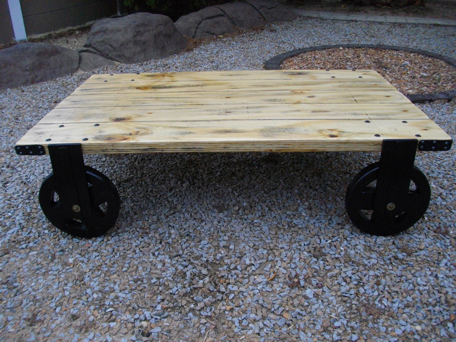 (RS 166) Industrial Look Coffee Table On Wheels!