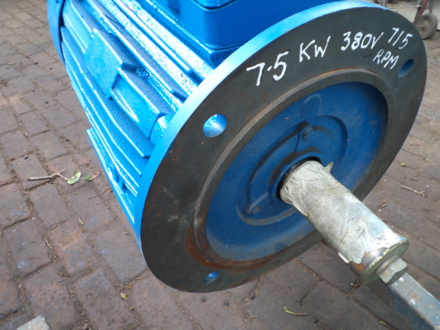 7.5 kw 8 pole electric motor