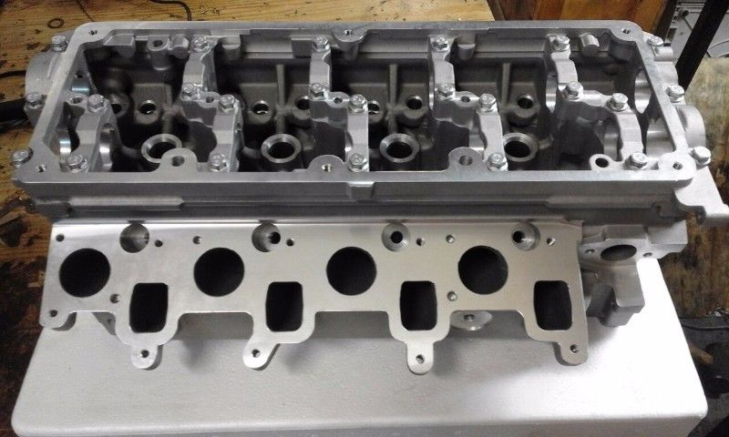 NEW VW AMAROK 2.0TDi CYLINDER HEADS