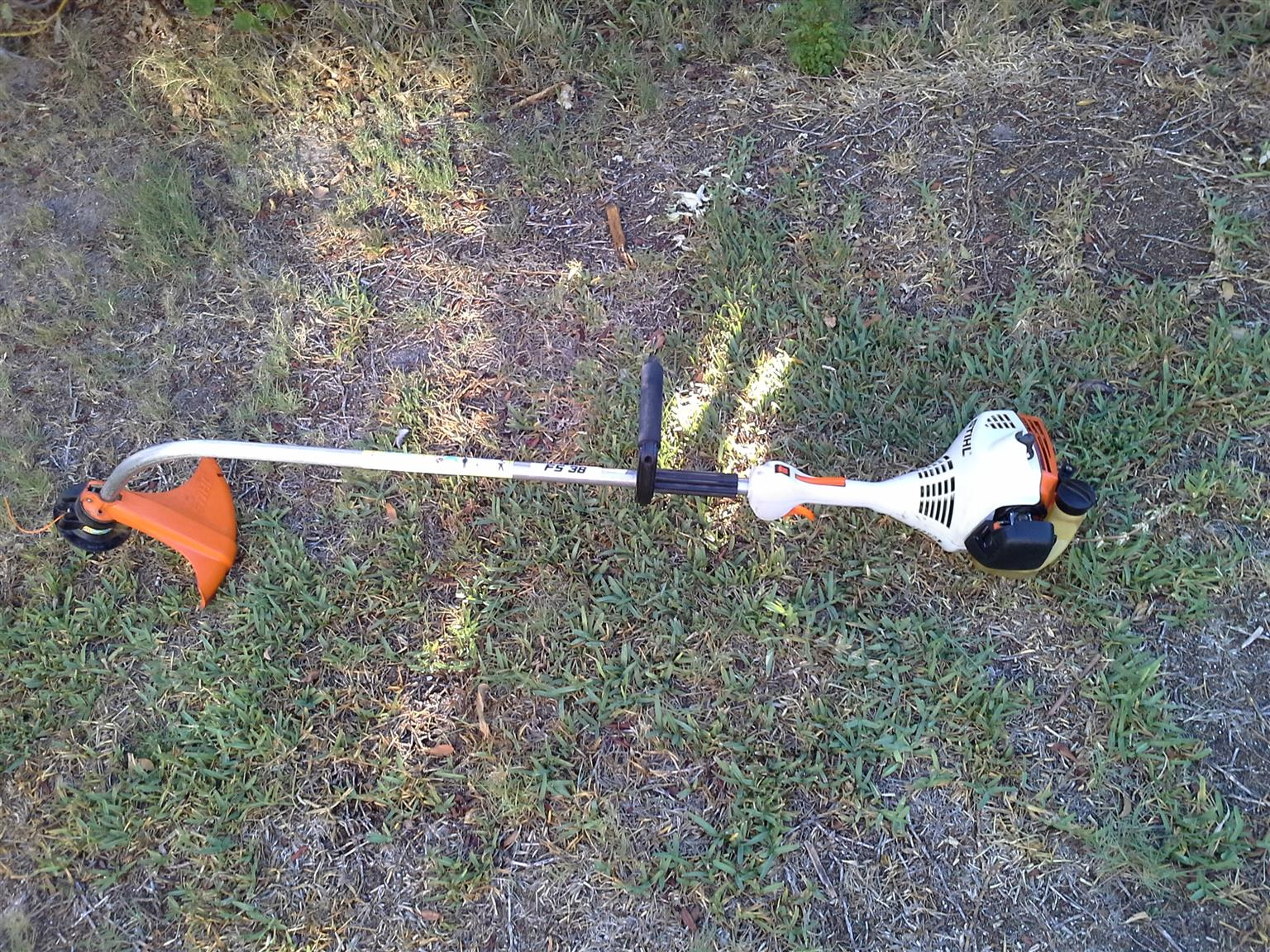 Stihl FS38 Petrol line trimmer in excellent condition
