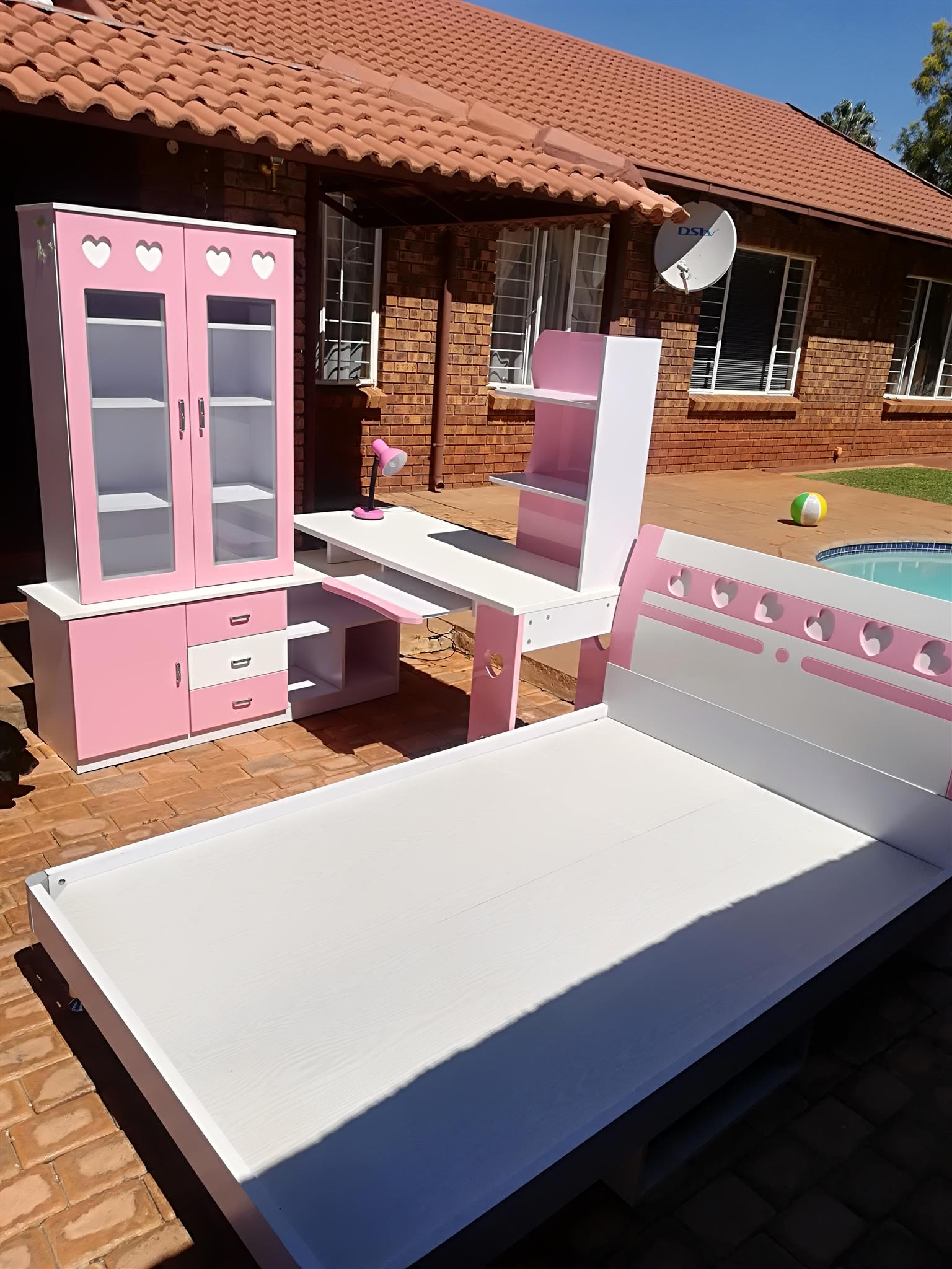 Pink and white girls bedroom set