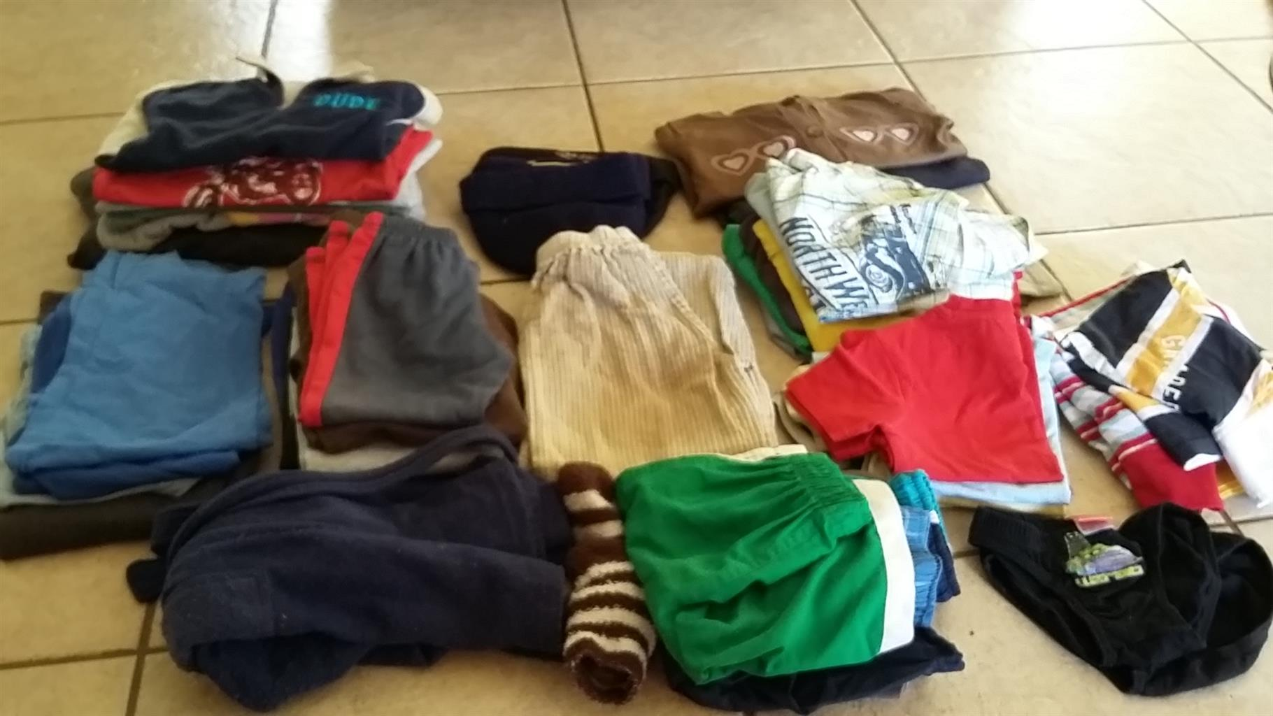 Second hand Boys clothes for sale | Junk Mail