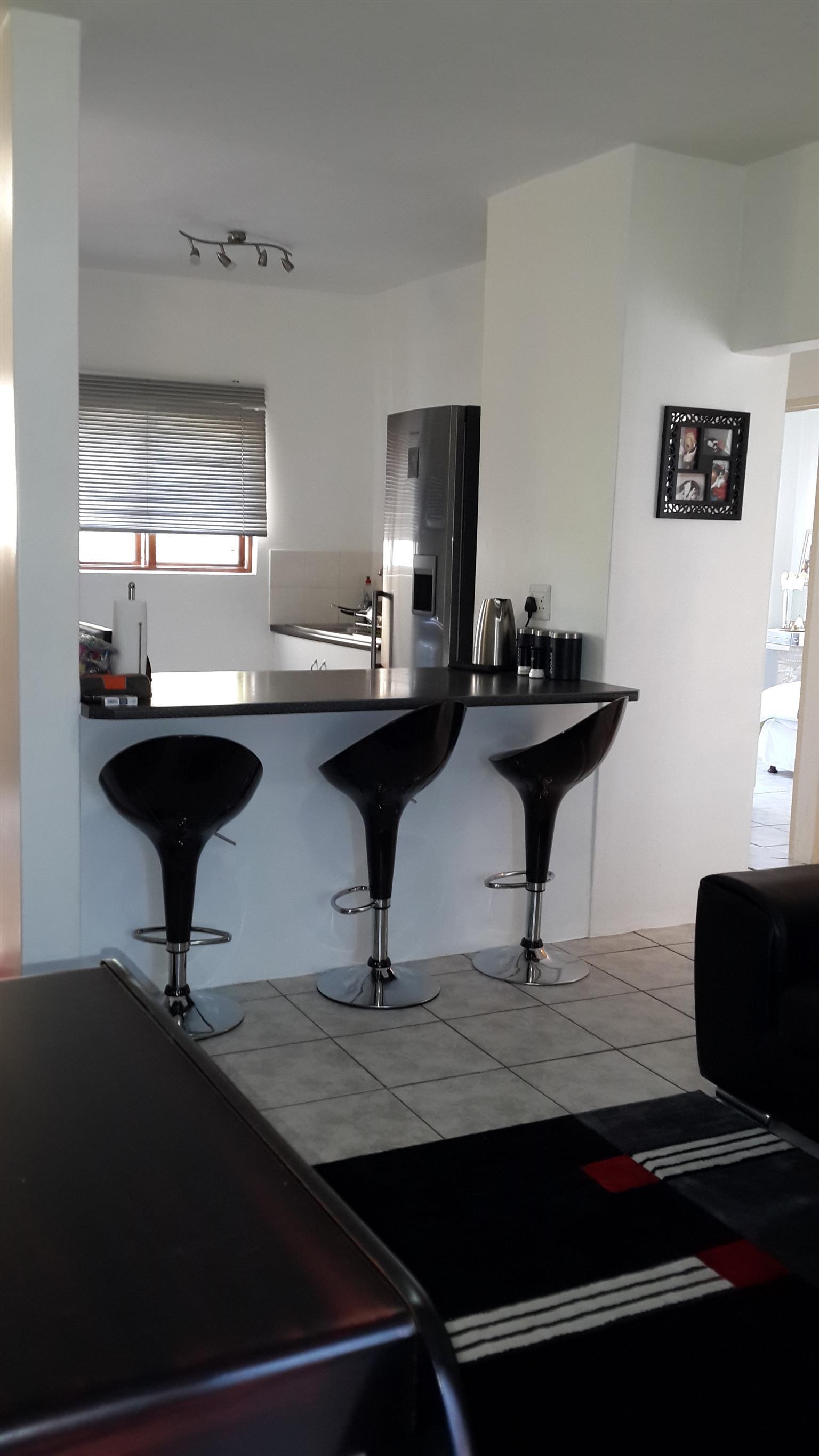 Stunning 2 bedroom apartment for rent- Bishopsgate Southgate