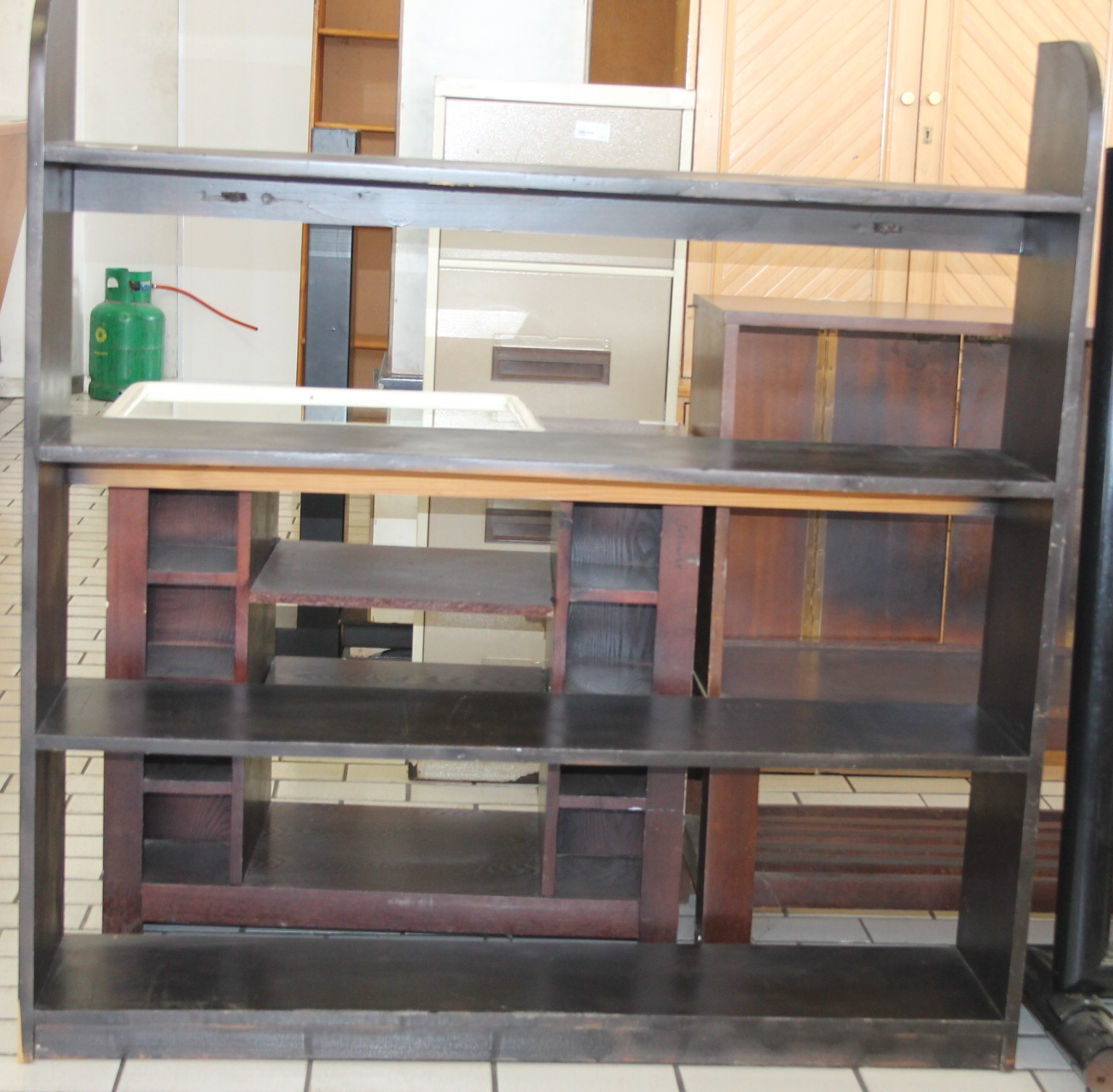 Wooden bookshelf S028896c #Rosettenvillepawnshop