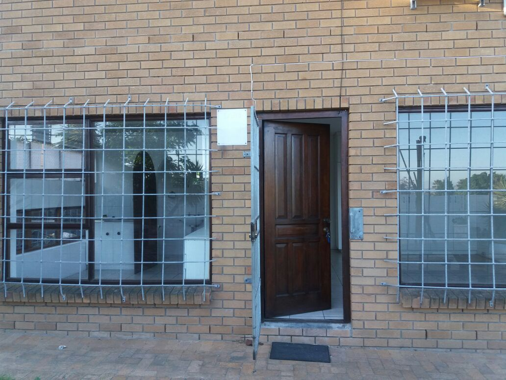 Brackenfell Granny flat to rent