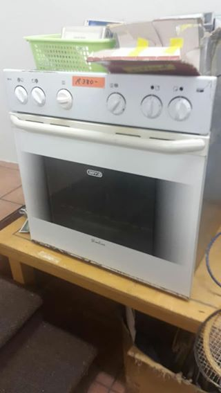 2nd hand defy counter oven