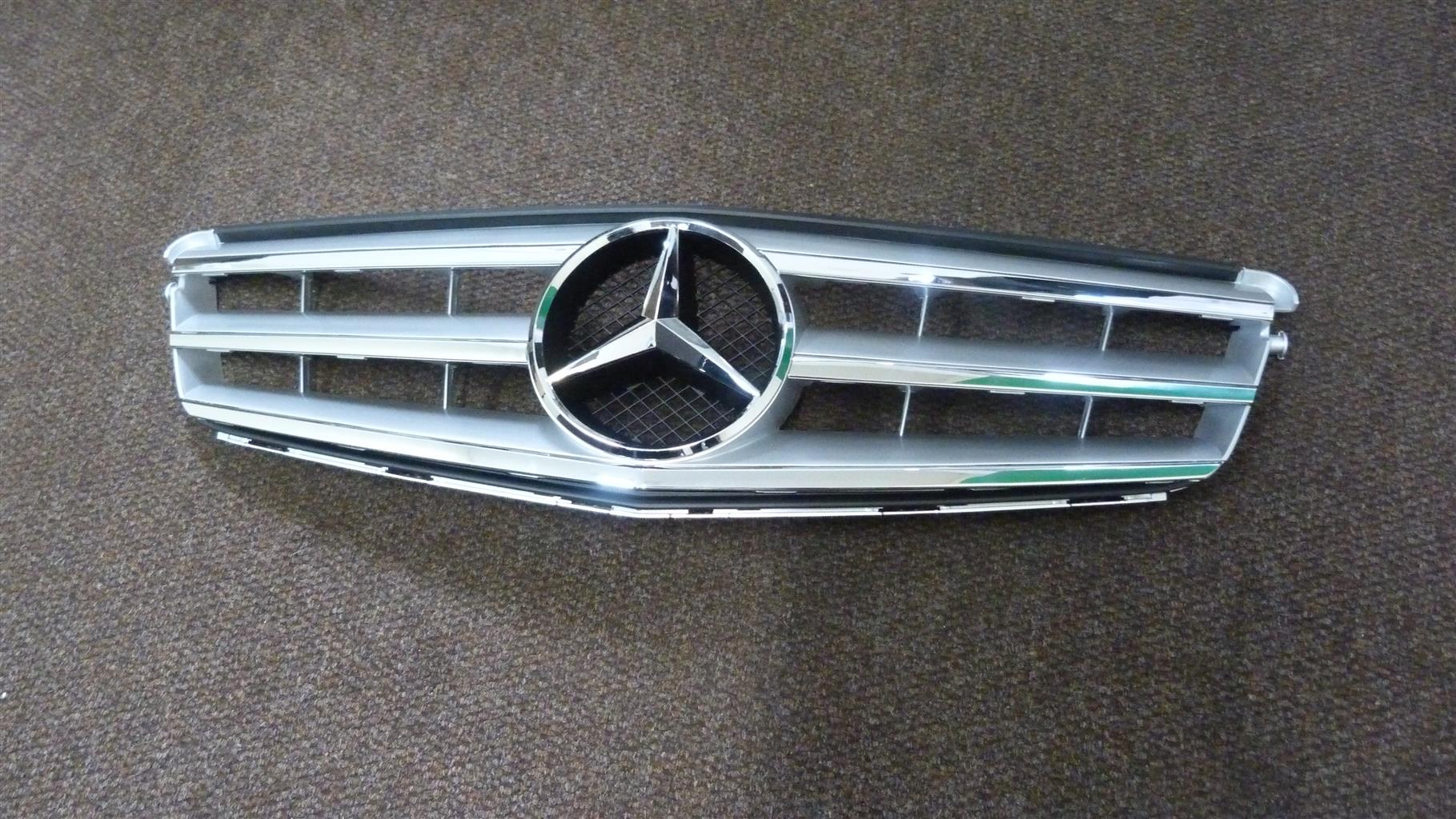 Mercedes W204 Facelift Grill -R3000 inclusive of vat