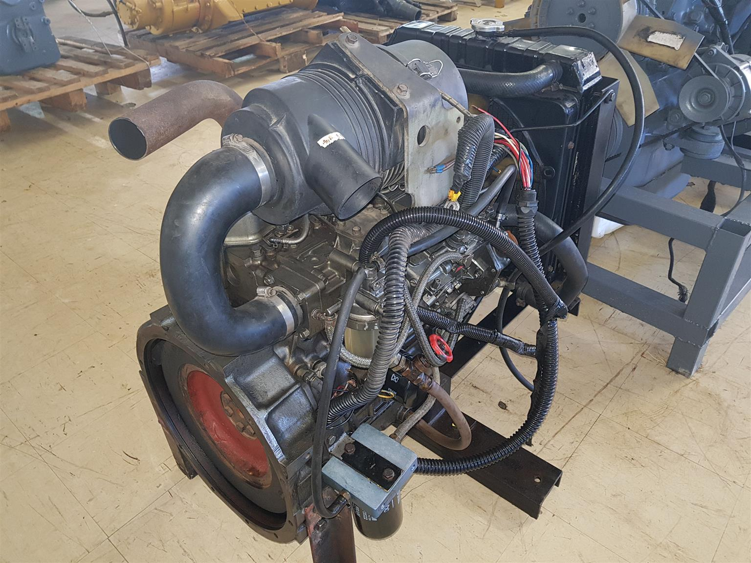 Excavator Yanmar 4TNE88 Diesel Engine | Junk Mail