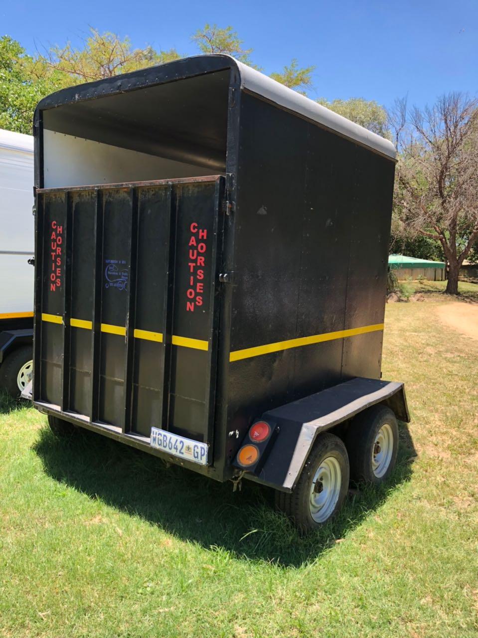 2 berth horsebox for sale