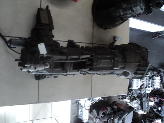 BMW X3 2.0D 4x4 gearbox  - R20000