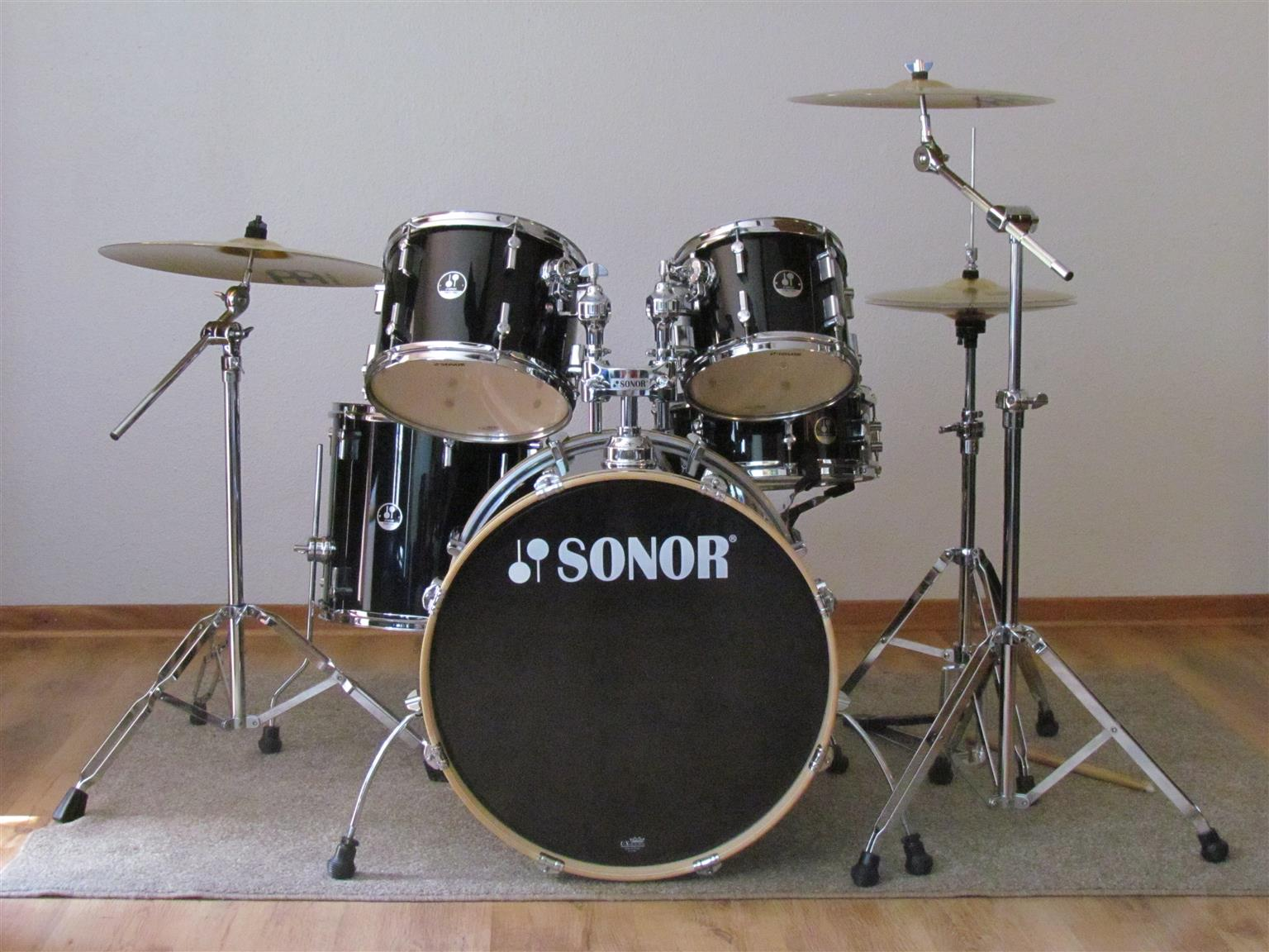 CHRISTMAS IS HERE A MUST SEE !!! SONOR FORCE 1007 NO MARKETERS ONLY WHATSAPP