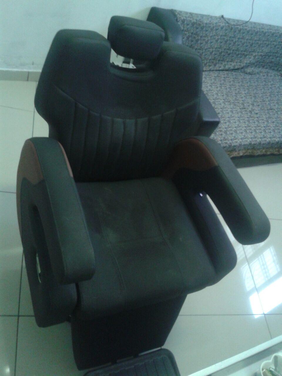 Pneumatic Barber chair
