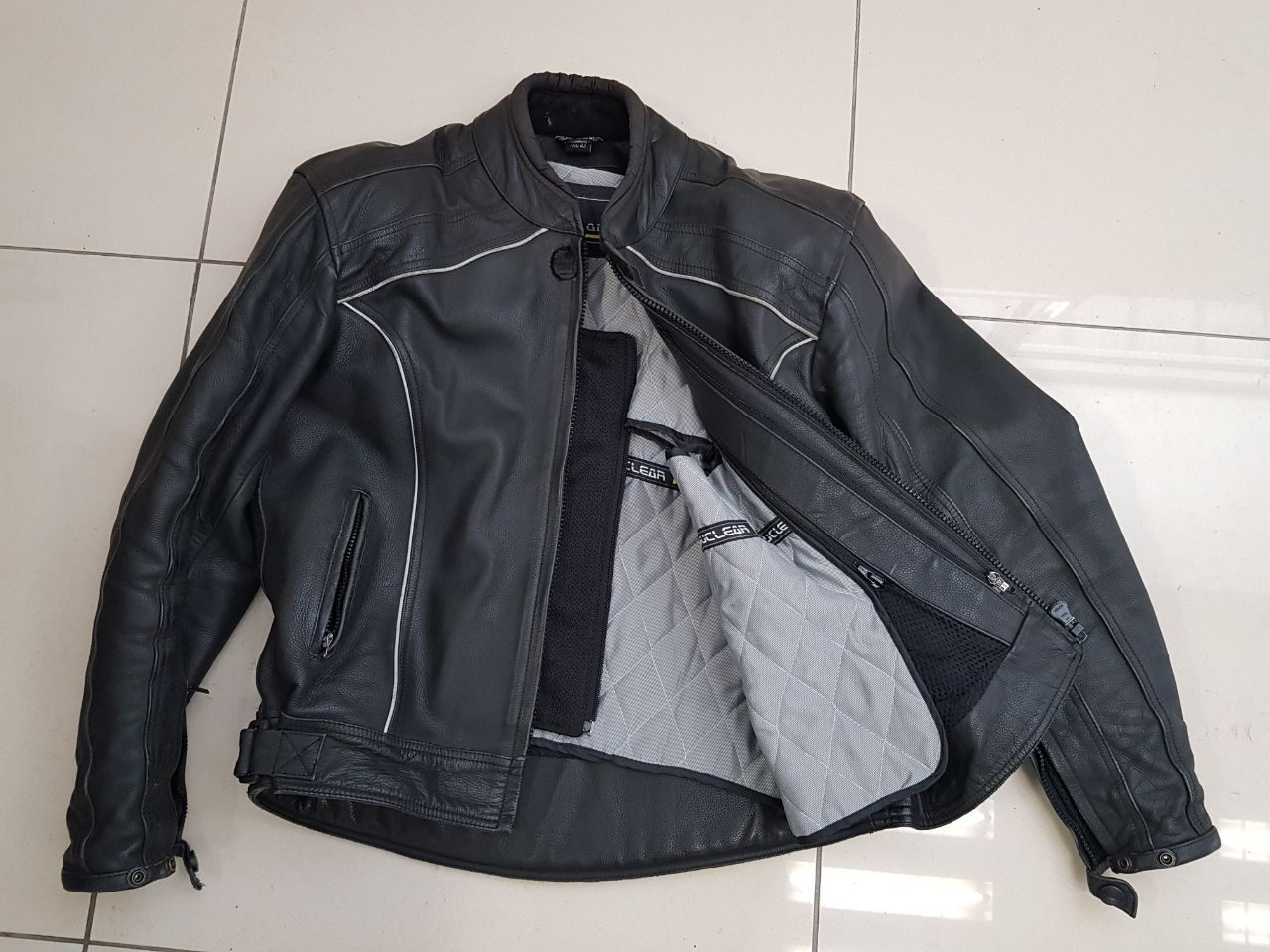 Leathers for superbike