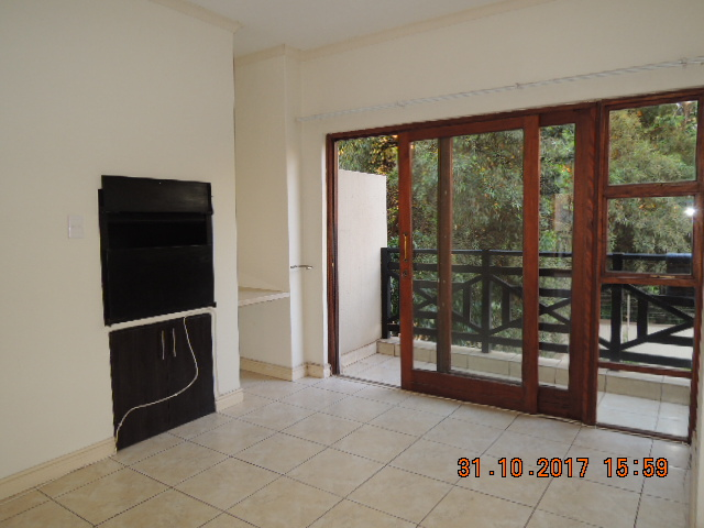 2 bedroom townhouse. spacious 2 bedroom townhouse to rent bluestream estate, woodlands area