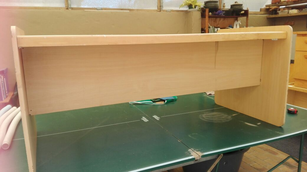 Desk without drawers