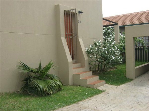 Halfway Gardens, 2 bedroom unit with private garden.