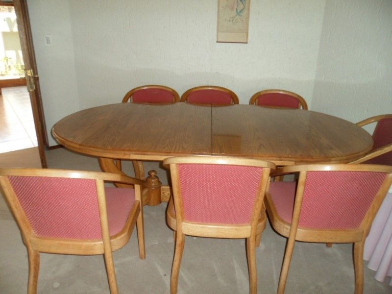 Oak Dining Room Table And Chairs For Sale Junk Mail - Dining room table and 8 chairs for sale