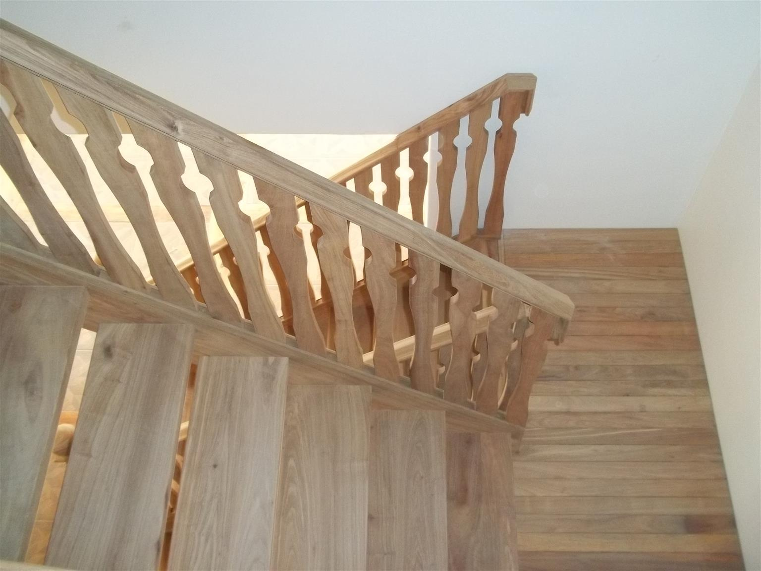 STAIRCASES - WOODEN STAIRS, BALUSTRADES AND RAILINGS CUSTOM MADE
