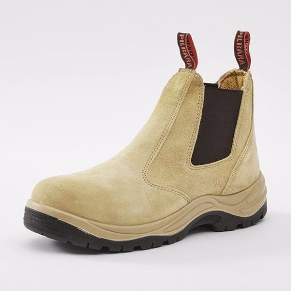 Selling Men's Kinggee Boots For R180!