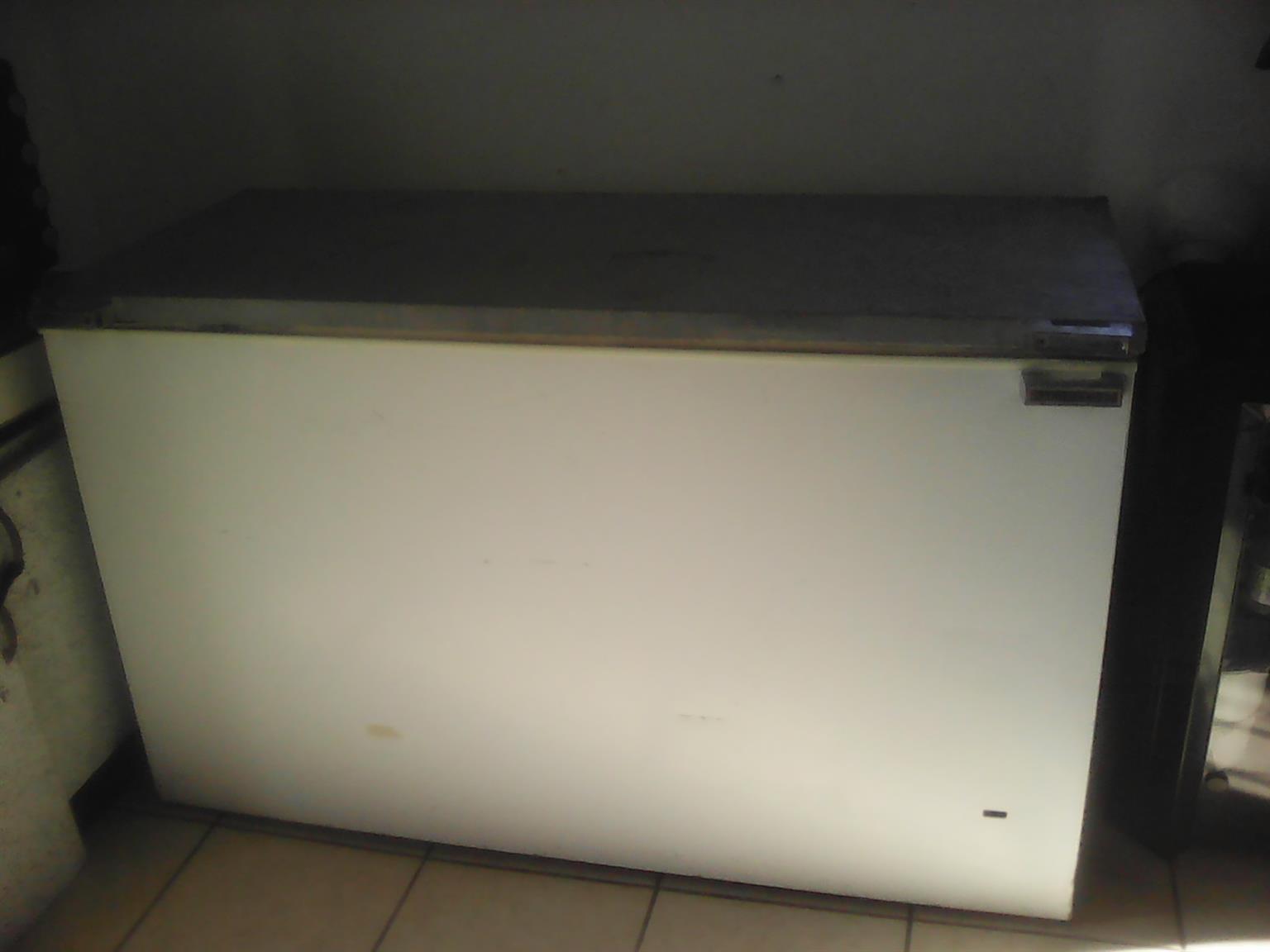 Deep freezer 420l
