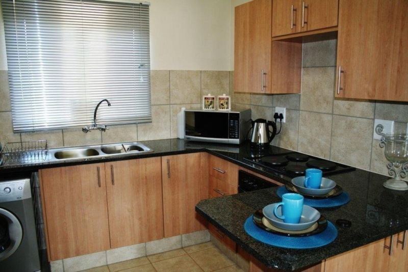 Flats availabe to rent in PTA Central, Sunnyside & Arcadia 1 March 2018