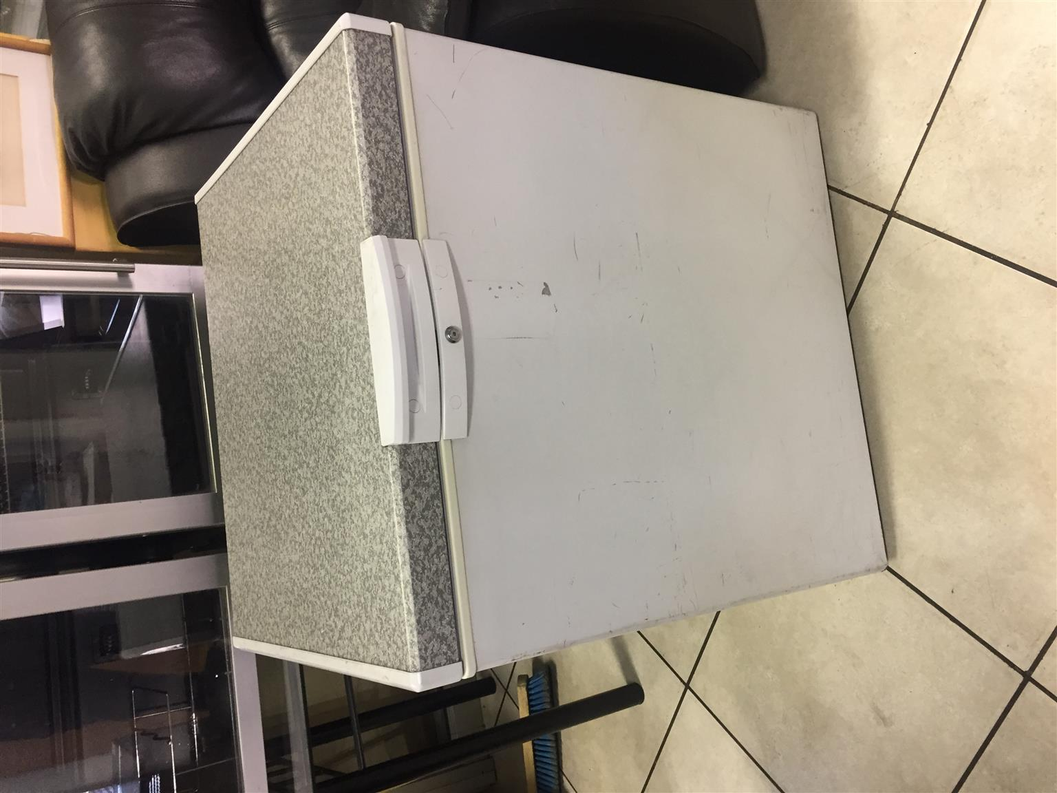 Defy 195Ltr Chest Freezer White